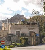 Palermo, Storico Palazzo dell'ottocento con 3 appartamenti. in Vendita